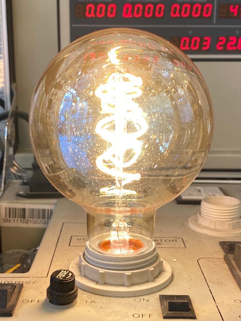 لامپ فیلمانی ۶وات پیچ G95 کد G95-6